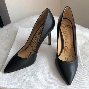 SAM EDELMAN Black Pumps Hazel Pointed Toe Heel
